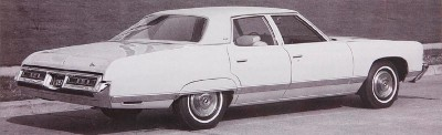 The 1972 Chevrolet Caprice came as a pillared 4-door Sedan or a Hardtop Sedan.