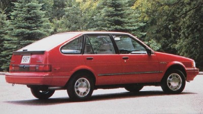 The 1987 Chevrolet 5-door Hatchback, part of the 1987 Chevrolet Nova line.
