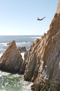 Cliff Diving Safety | HowStuffWorks
