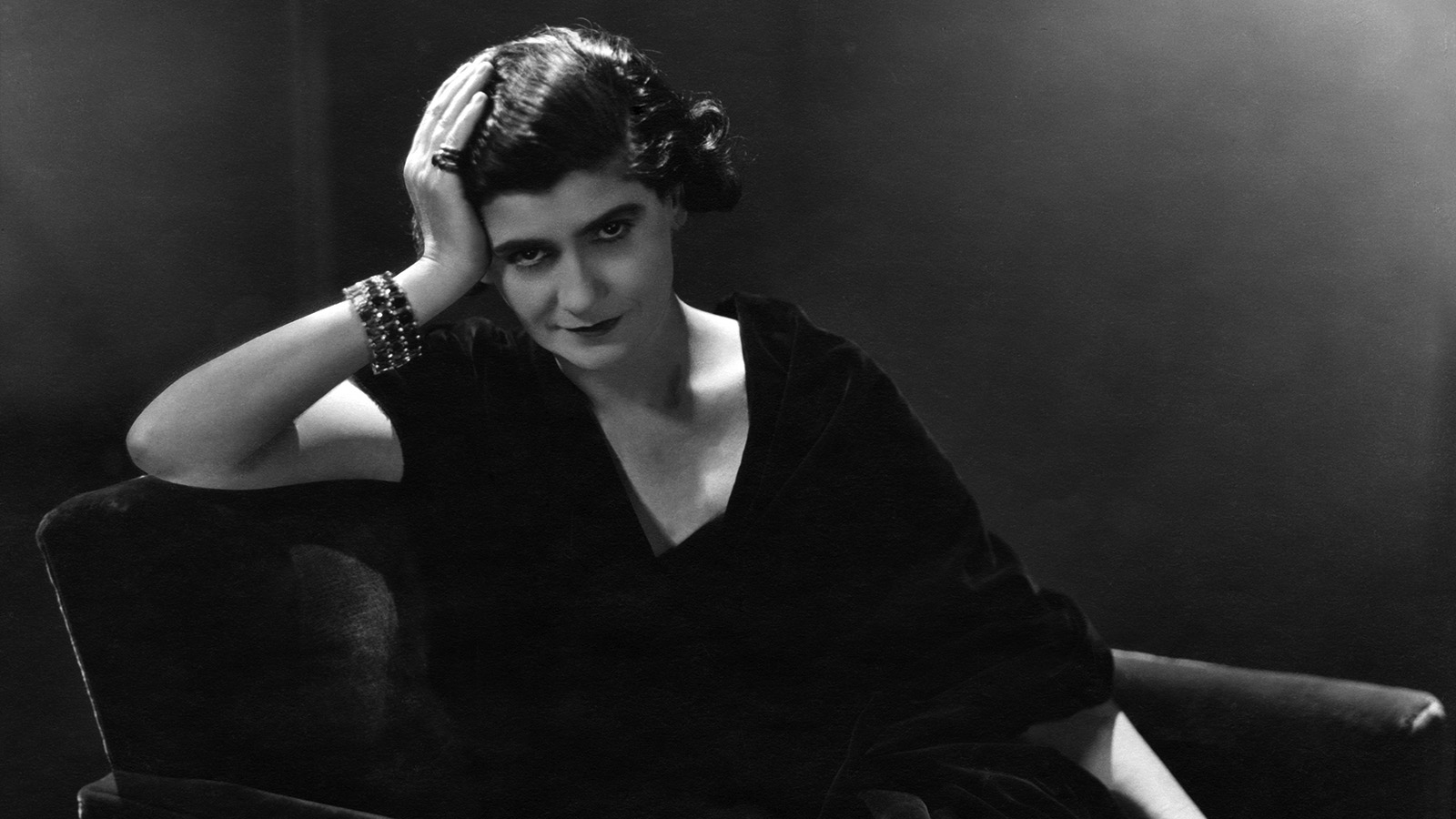 How Global Icon Coco Chanel Completely Reinvented Women S Fashion Howstuffworks