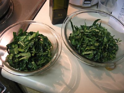One pound of raw leaves yields about a half cup of cooked greens.