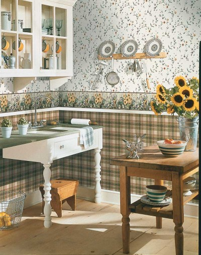 Country Decorating Idea: Fruits and Flowers | HowStuffWorks
