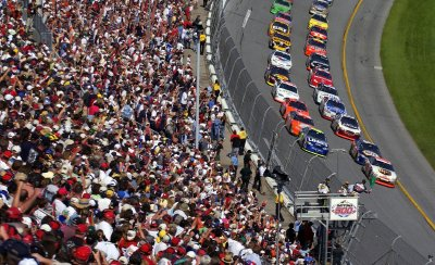 The Daytona 500 draws about 200,000 racing fans each year.