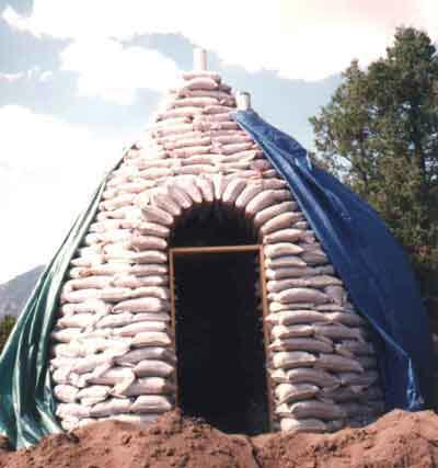 Cool How Earthbag Homes Work Howstuffworks Home Interior And Landscaping Sapresignezvosmurscom