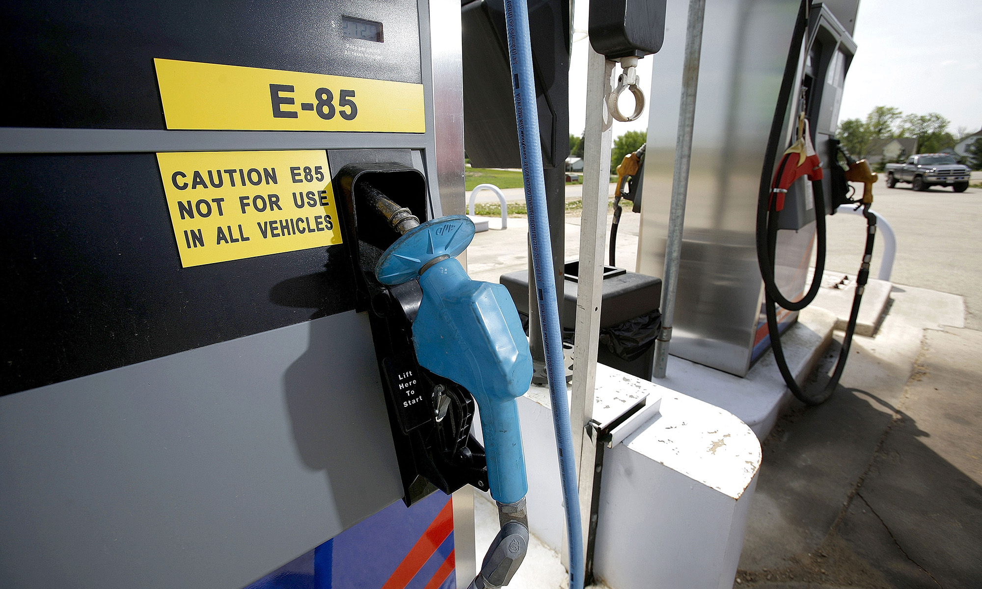 Flex Fuel Gas Stations >> Ethanol E85 Flex Fuel What Does It All Mean Howstuffworks