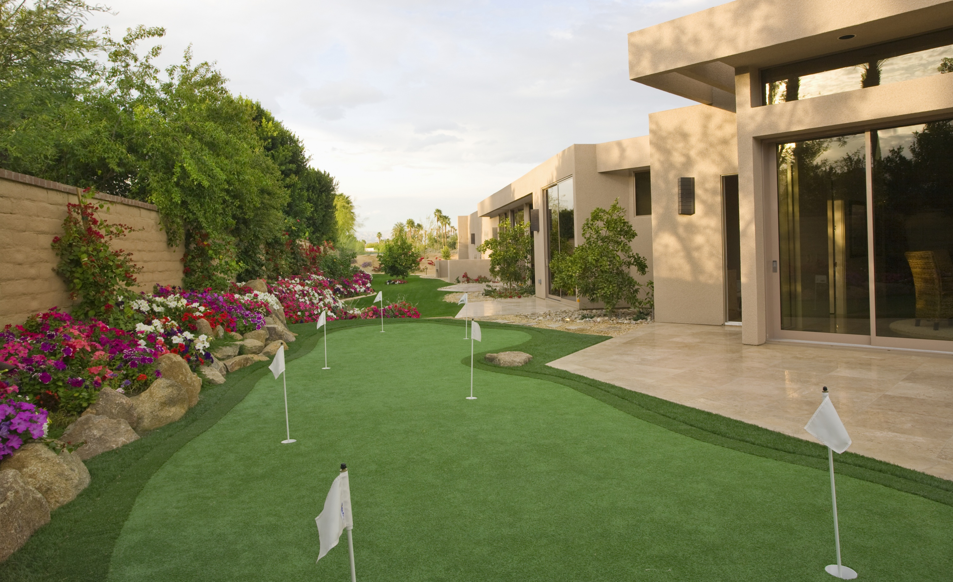 How To Build A Backyard Golf Green Howstuffworks