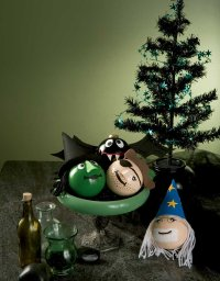 These fun ornaments will liven up your Halloween.