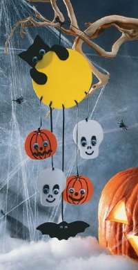 Made from foam and ribbon, this Halloween mobile decoration is easy to construct.