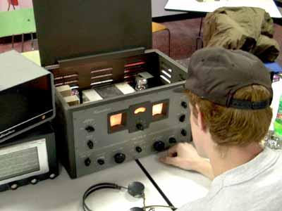 Ham Radio Equipment - How Ham Radio Works | HowStuffWorks