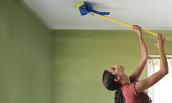 How to Clean Your Walls and Ceilings: Tips | HowStuffWorks