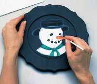 Line carrot nose with liner brush to make snowman plate.