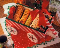Christmas Cookie Wagon Express is a Christmas craft that becomes a great Christmas serving tray