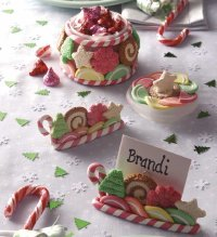 Sugarplum Table Decorations add beauty to your Christmas dinner table.