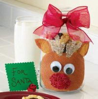Reindeer Christmas cookie jar is a fun Christmas craft that makes a great Christmas gift.