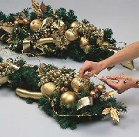 Christmas Mantel Topper
