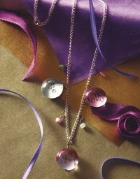 Merry Marble Necklaces make beautiful Christmas jewelry.