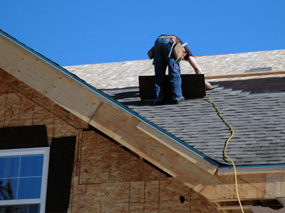 How To Install A Roof >> How To Install Fiberglass Shingles Howstuffworks