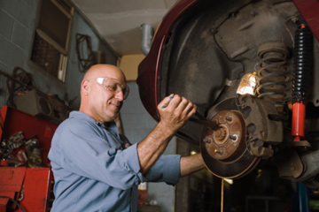Brake Fluid Change Cost >> Is Brake Flushing Really Necessary Howstuffworks