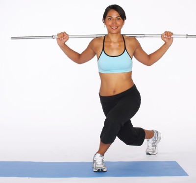 How to Do a Diagonal Lunge Step Two