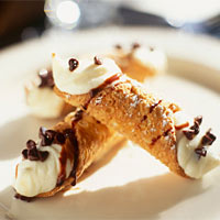 Bill and Jen from TLC's 'The Little Couple' learned to prepare Cannolis at Well Done Cooking Class in Houston, Texas.