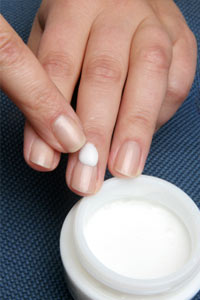 How to Moisturize Your Nails   HowStuffWorks