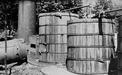 The History of Moonshine - How Moonshine Works | HowStuffWorks
