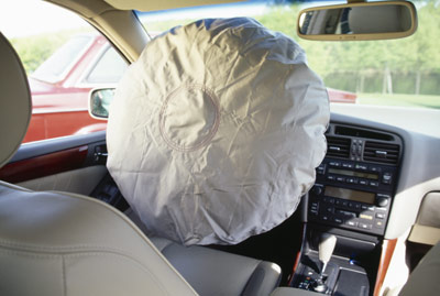 how many lives were saved by airbags in 2018