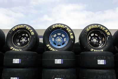 Goodyear Racing Tires >> Goodyear Racing Eagles Howstuffworks