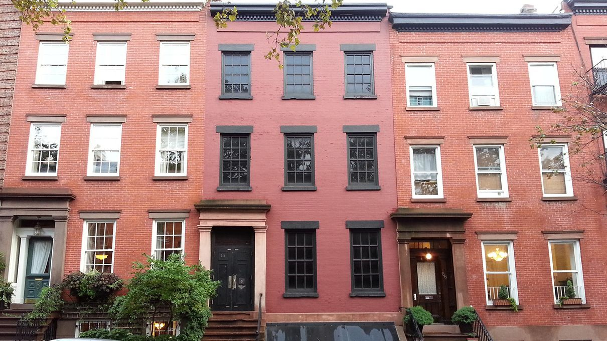 Touring the False Facades of New York City
