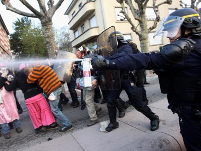 The Potential Negative Effects of Pepper Spray | HowStuffWorks
