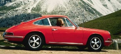 Five-spoke wheels identified the hot Porsche 911 S.