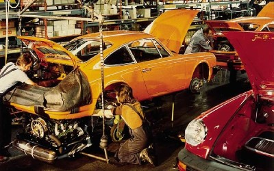Though somewhat more automated, a good deal of hand labor still went into each Porsche 911.