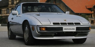 Porsche 924 Turbo front view