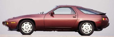 New flat-face wheels identified the 1985 Porsche 928 S externally.