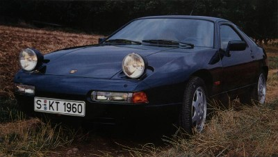 Porsche 928 pop-up headlamps