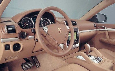 2003 and 2004 Porsche Cayenne Turbo interior
