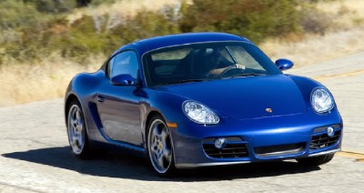 2007 Porsche Cayman S in action