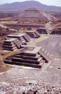 The Pyramids of the Sun and Moon at Teotihuacán, Mexico, line the Avenue of the Dead.