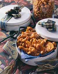 Maple-Cashew Brittle