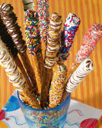 Dipped, Drizzled & Decorated Pretzels