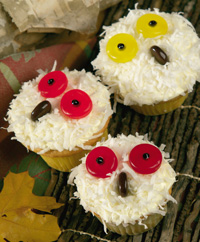 Snowy Owl Cupcakes