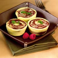 Mini Swirl Cheesecakes