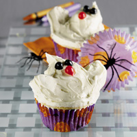Boo Hands Cupcakes