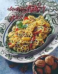 Fresh Pepper Pasta Salad