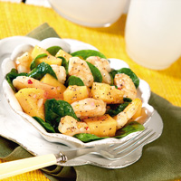 Spinach, Shrimp and Cantaloupe Salad