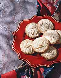 Buttery Almond Cookies