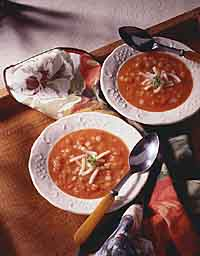 Fresh Tomato Pasta Soup