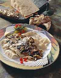 Cheese Ravioli with Wild Mushroom Sauce