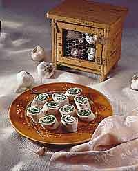 Roasted Garlic & Spinach Spirals