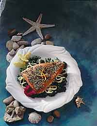 Tuna with Peppercorns on a Bed of Greens